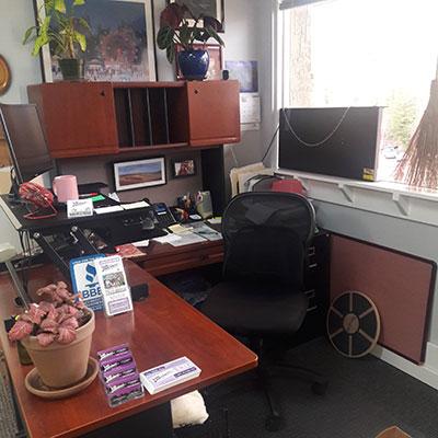 mitnw-desk-400x400